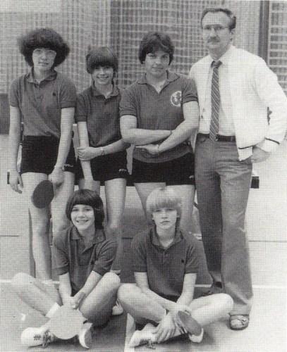 Der Württembergische und Süddeutsche Mannschaftsmeister 1981 v.l.n.r: Gudrun Fischer, Elke Pangert, Heike Schmidt, Isa Großmann, Dagmar Kiedaisch und Trainer Manfred Großmann