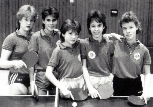 Die Schülerinnenmannschaft der Spielrunde 1987/88 v.l.n.r.: Sonja Stritzl, Karin Pilz, Martina Pfeiffer, Melanie Rothfuß und Sonja Lipp