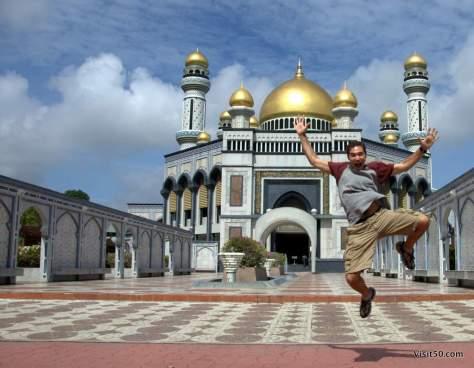 Brunei jumping