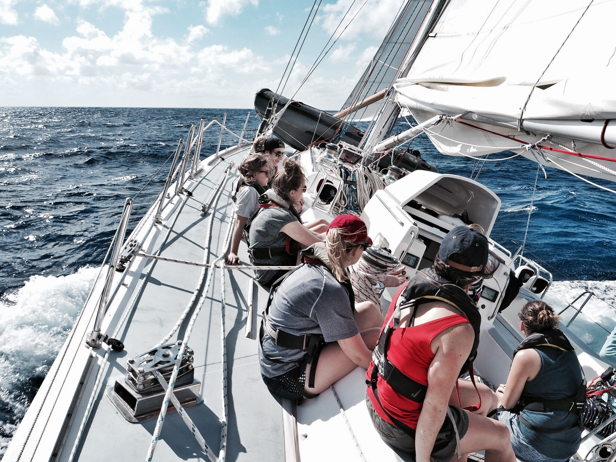 Sailing in the Caribbean - plastic pollution