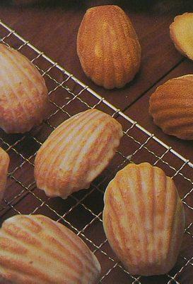 French Madeleine Cakes Recipe