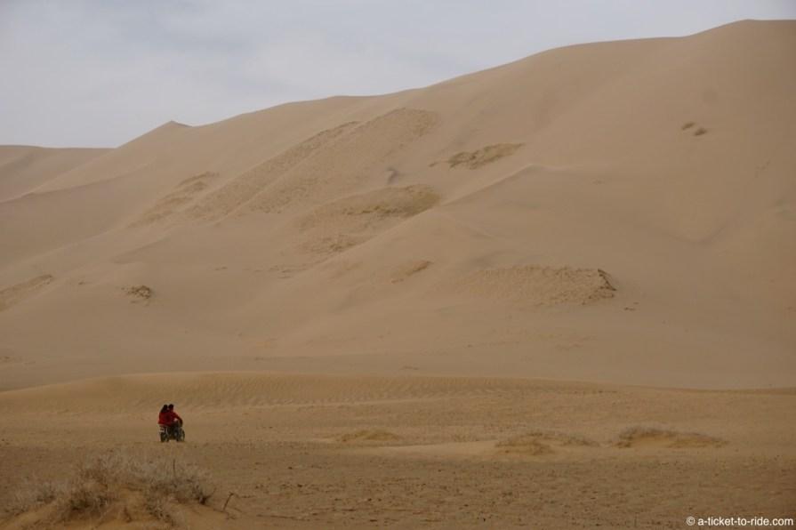 Mongolie, dunes de Khongoryn Els