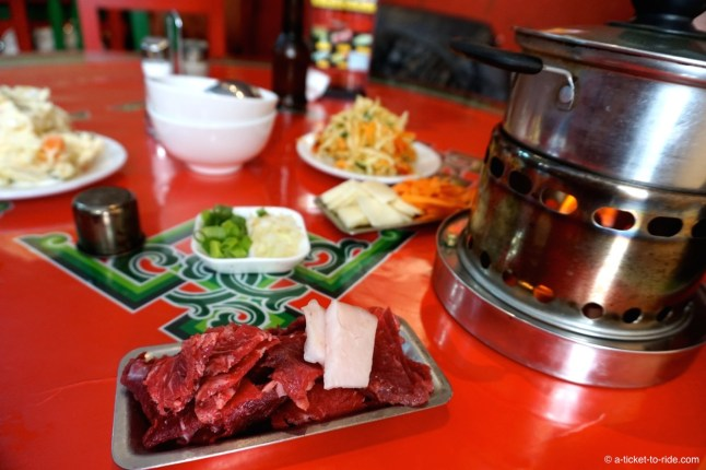 Mongolie, gastonomie, Guriltei shuul