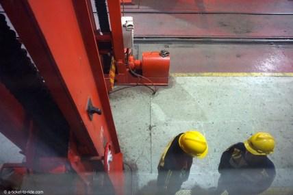 Transmongol, changement d'essieux à la frontière