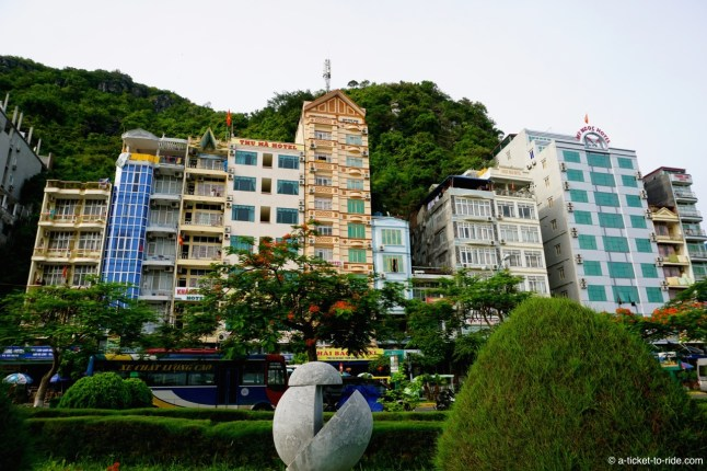 Vietnam, Cat Ba Island, Cat Ba Ciity