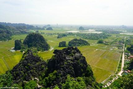 Vietnam, Tam Coc, vue depuis Hang Mua