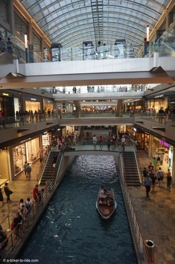 Singapour, centre commercial Marina sands