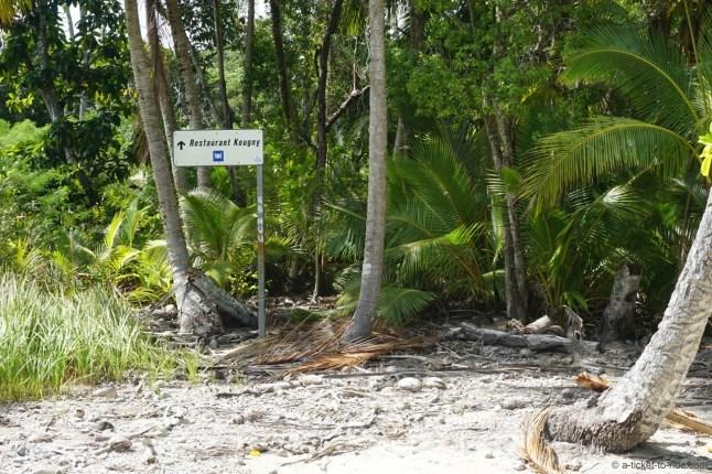 Nouvelle-Calédonie, Île des Pins, un panneau puis plus rien !