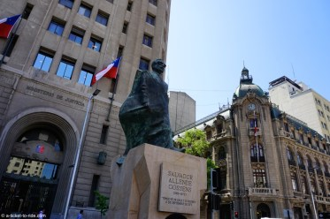 Chili, Santiago, devant le palais de la moneda