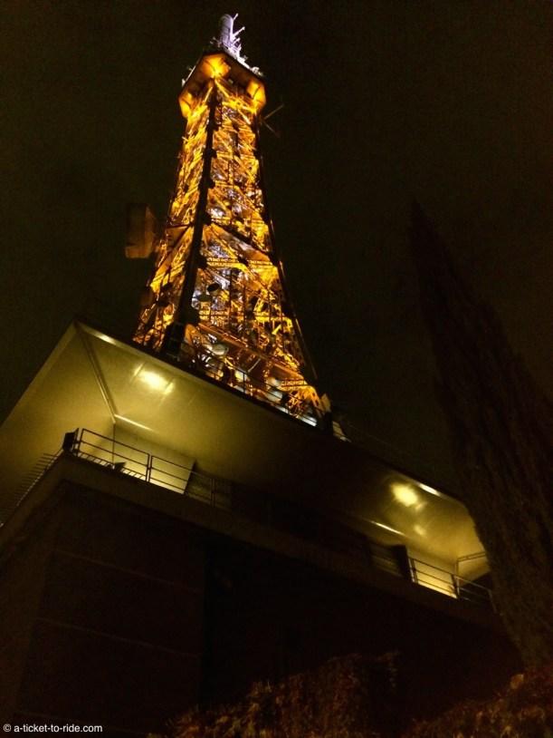 Lyon, la tour métallique