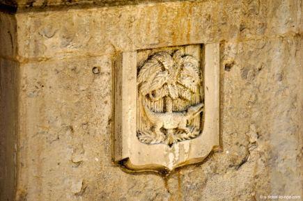 Nîmes, le croco et le palmier