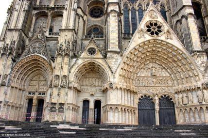 Bourges, cathédrale, entrée