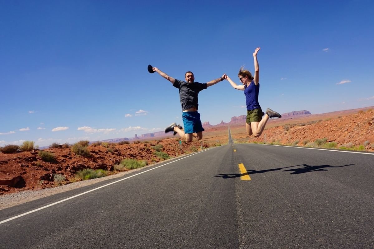 Monument valley, road