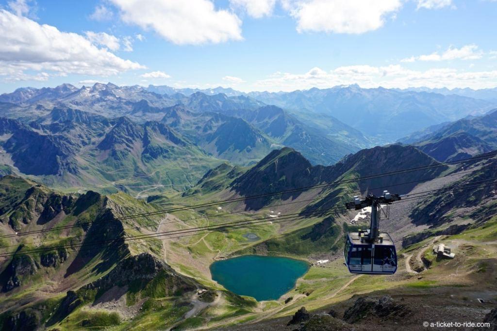 Hautes-Pyrénées, Pic du Midi, téléphérique et Lac d'Oncet