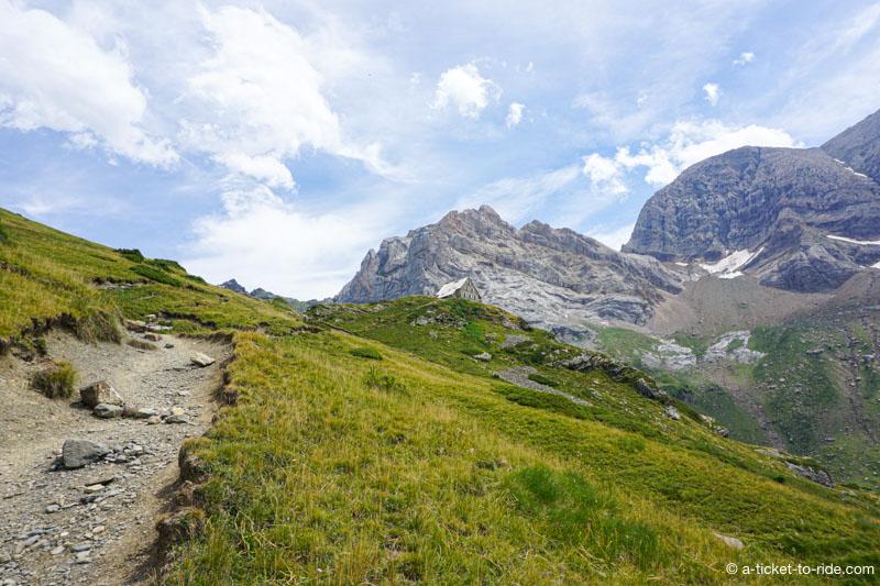 Pyrénées, ascension vers le refuge des Espuguettes