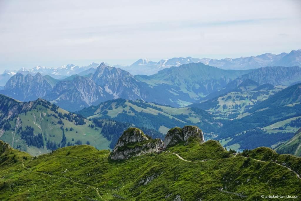 Rochers-de-Naye, vue sur les montagnes