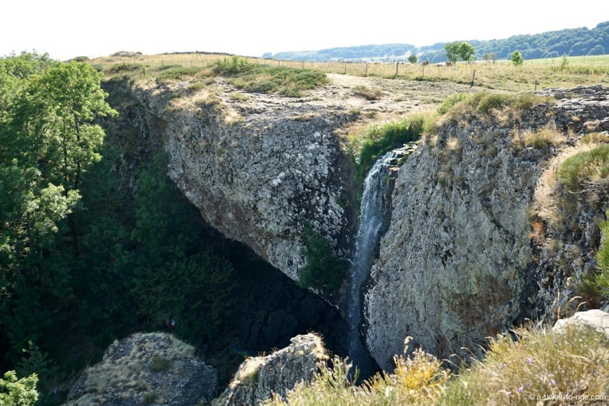 Aubrac, cascade du Déroc