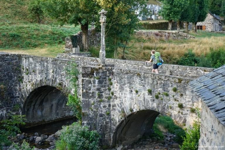 Saint-Chély-d'Aubrac, Pont des Pélerins