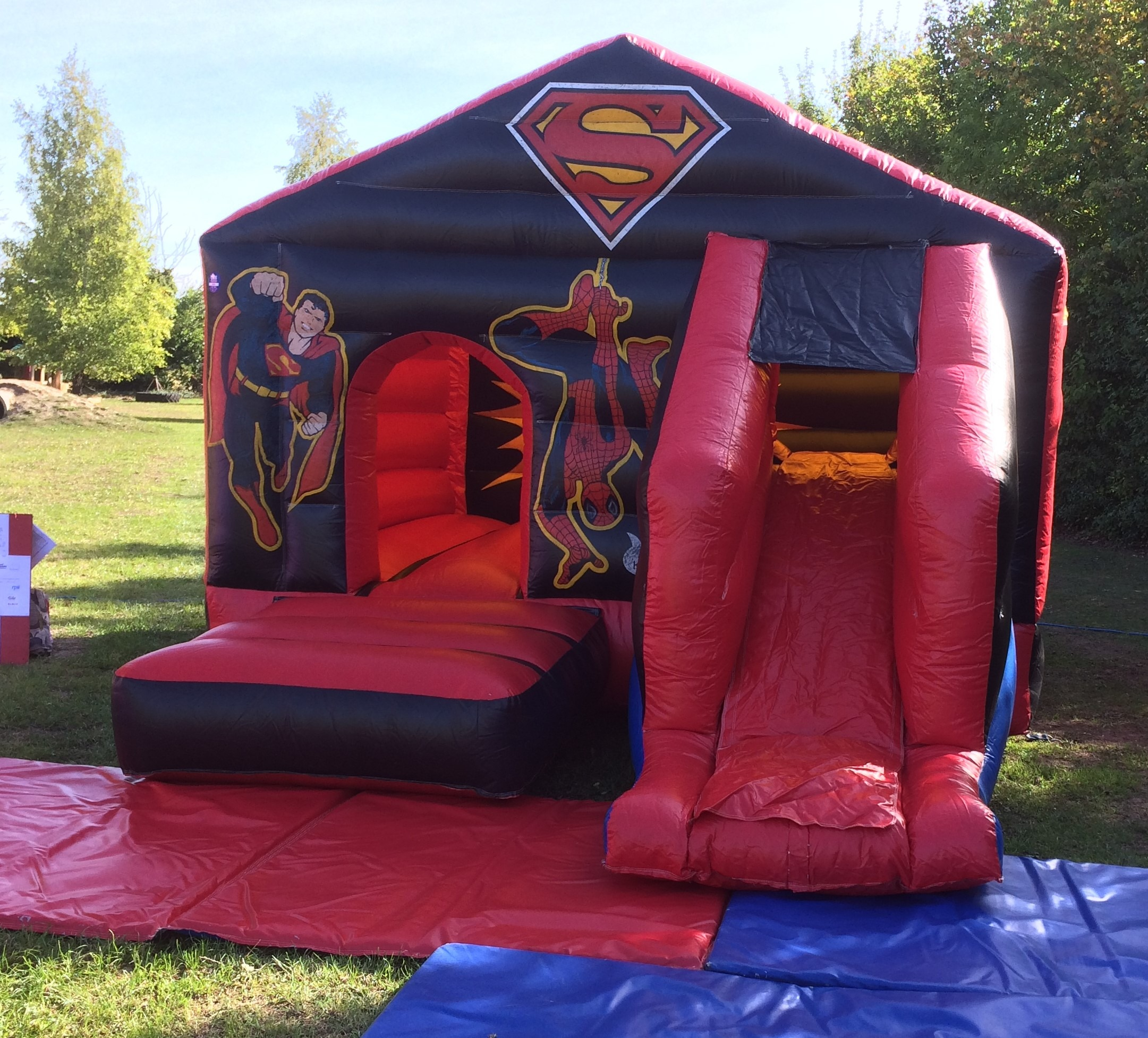 Superman Combi Castle