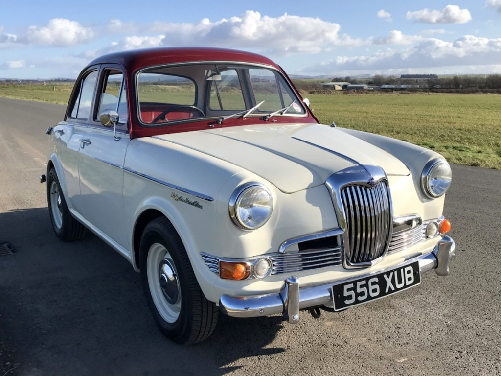 1961 Riley 1.5 with many sensible upgrades - Superb 1