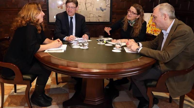 Ximo Puig subraya que el trasvase Tajo-Segura está garantizado y asegura que el Consell estará 'vigilante' en la defensa de los intereses de los regantes