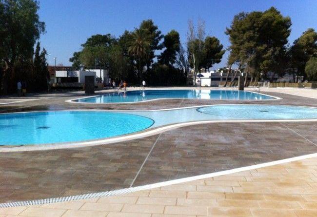 Catarroja cierra por segundo día consecutivo la piscina municipal al aparecer de nuevo heces en el agua