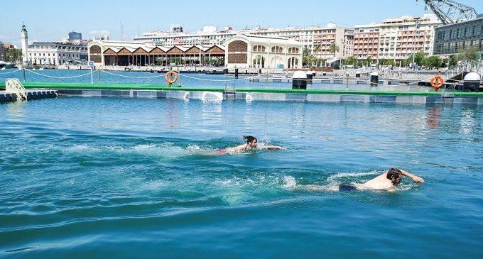 La inauguración de la piscina natural de la Marina/ Europa Press
