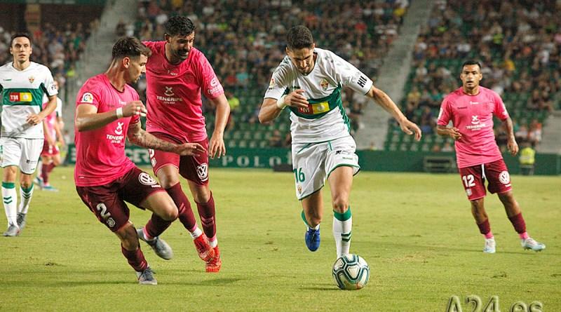 Elche C. F. Y C. D. Tenerife Empatados en el Estadio Martínez Valero 1-1