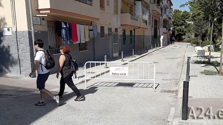 La zona del CEU San Pablo de Elche sigue esperando una reparación tras las pasadas lluvias