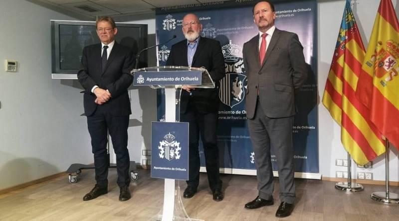 Frans Timmermans quiere darle voz a la Vega Baja en la Unión Europea
