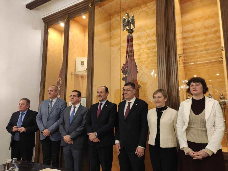 Fotos Comisión Les Corts Valencianes DANA Orihuela