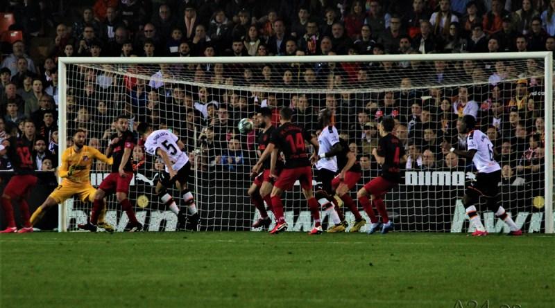 El Valencia CF mereció más que el empate ante el Atlético de Madrid (2-2)