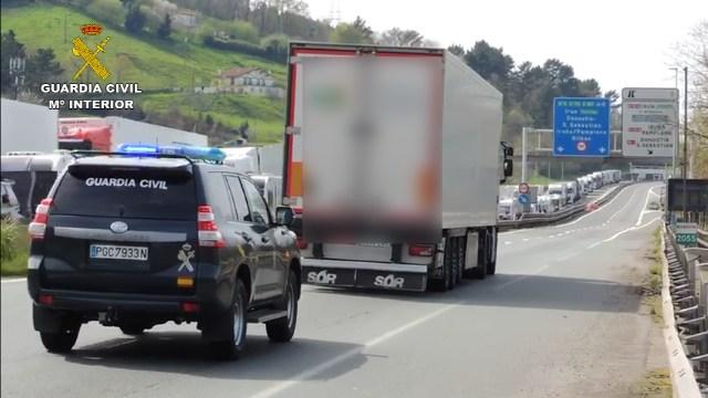 2020-03-22_acompañamiento-camion_02