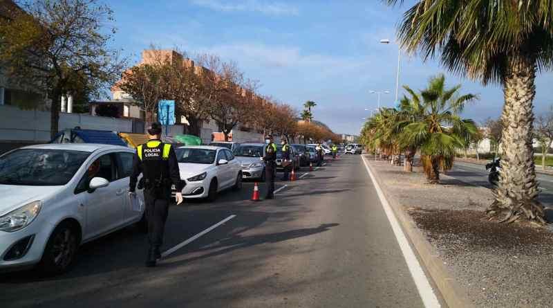 La Policía Local cierra los parques Caninos de Alicante para hacer frente al COVID