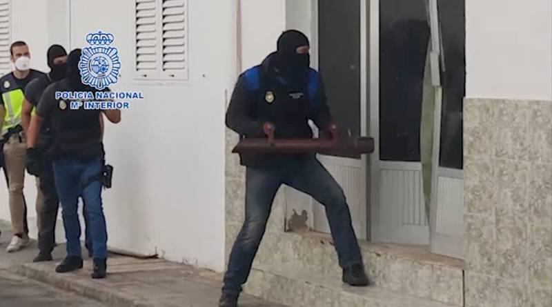 La Policía Nacional detiene a 28 personas y desmantela una de las principales redes de tráfico de personas entre Marruecos y las Islas Canarias