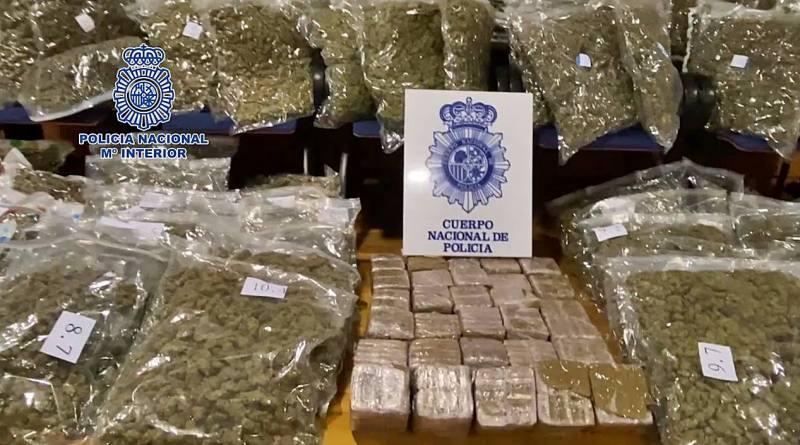 La Policía Nacional interviene en Madrid 225 kilos de cogollos de marihuana preparada para su distribución en la UE