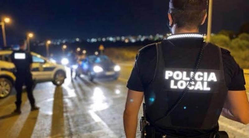 La Policía Local de Elche desaloja a más de 40 personas que celebraban una fiesta ilegal en un campo de Altabix