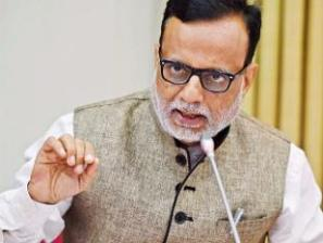it-act-to-be-amended-on-mat-revenue-secretary-hasmukh-adhia
