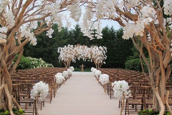 Rustic-Wedding-aisle-decoration