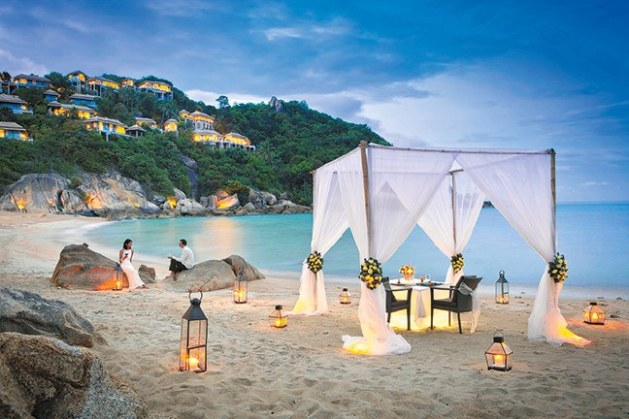 Romantic Wedding Tent Ideas - A2z Wedding Cards