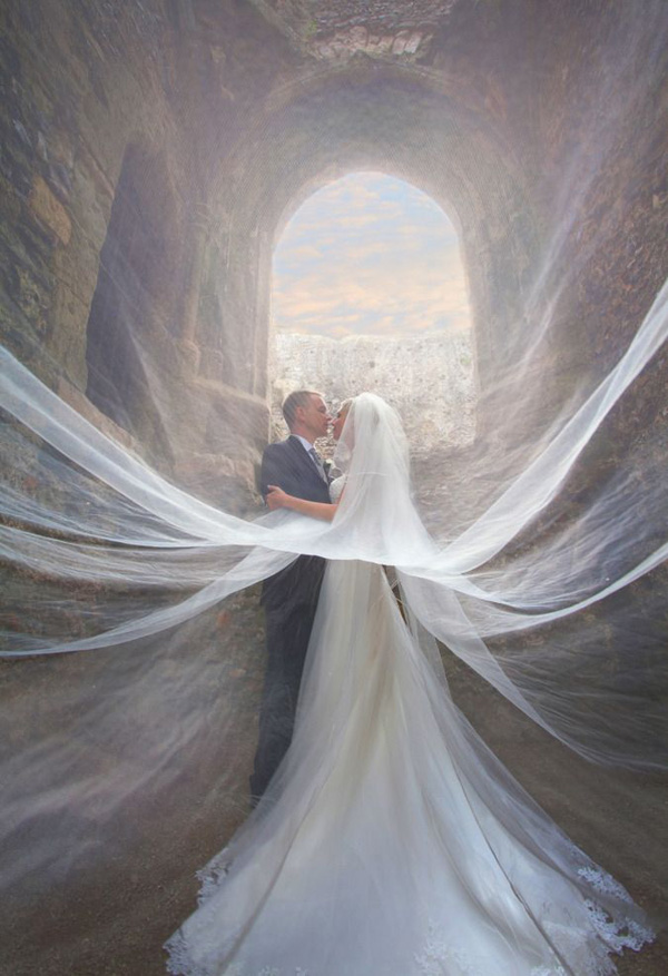 incredible-veiled-wedding-photos-of-couples-9-A2zWeddingCards