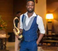 Phylx Akakpo wins Best Fashion Blogger at 2018 Ghana Fashion and Lifestyle Awards
