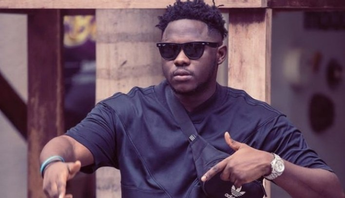 Medikal Outdoors Blonde Hairstyle Just Like Fella's; Ghanaian Celebrities React Differently – See Photos