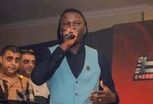 Photo of StoneBwoy – Black People (Prod. by Oneness Records)