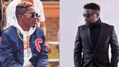 Photo of People are dying and you are beefing others – Shatta Wale tells Sarkodie