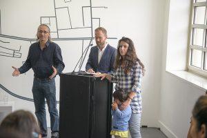 Eröffnung der Ausstellung Bildern von geflüchteten Kindern