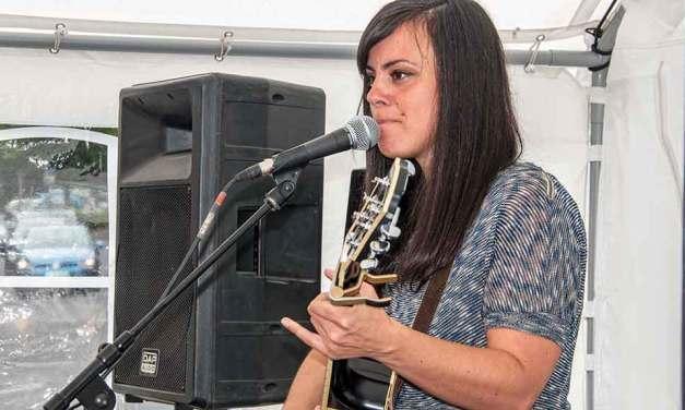 Farah Rieli und band