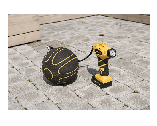 Akku Luftpumpe 18 Volt med manometer værktøj