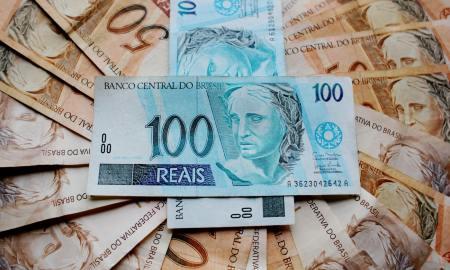 Somando Fundo Partidário e o fundo eleitoral, partidos terão R$ 2,5 bilhões em dinheiro público para gastar nas eleições de 2018. Foto: Pixabay/Pexels.