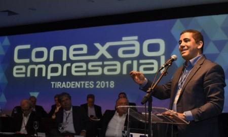 Miguel Corrêa: em vez de ir ao comício com Haddad e Dilma, gravou vídeo na Follow. Foto: Facebook/Miguel Corrêa